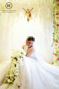 ethnic christian wedding bridal look details- BollwyoodShaadis