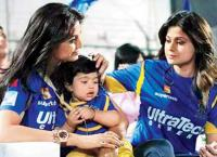 12 Things You Will Relate To Only If You Are A Massi shamita shetty shilpa shetty with viaan