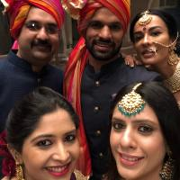 Shikhar Dhawan With Wife Aesha  And Sister Shrestha And Bro In Law Bason
