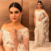 Kriti At Virushka Mumbai Reception