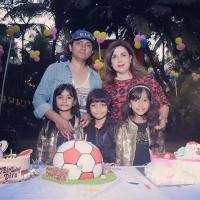 Farah Khan with family