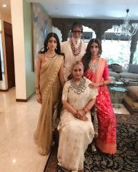 Amitabh Bachchan with  family at Isha Ambani's wedding