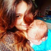 Actress Malini Kapoor With Son Kiyaan