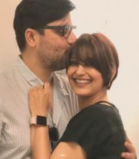 Sonali Bendre and Goldie Behl