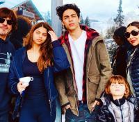 Shah Rukh Khan, Gauri Khan, Aryan Khan, Suhana Khan and AbRam Khan