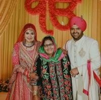 Kapil Sharma And Ginni Chatrath With His Mum