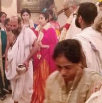 Janhvi Khushi performing puja for Sridevi