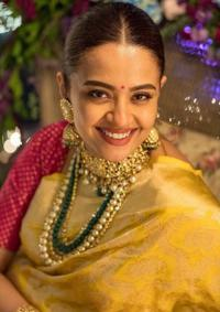 Surveen Chawla From Her 'Godh-Bharai' Ceremony