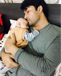 Anas Rashid and his baby daughter, Aayat's 'heavenly' picture