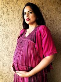 Sameera Reddy flaunting her baby bump