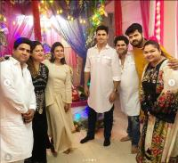 divyanka and vivek during ganesh visarjan