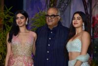Boney Kapoor, Janhvi Kapoor and Khushi Kapoor