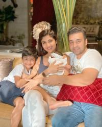 Shetty-Kundra Family