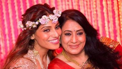 Bipasha Basu's Mother Wants To Become A Grandmother Soon