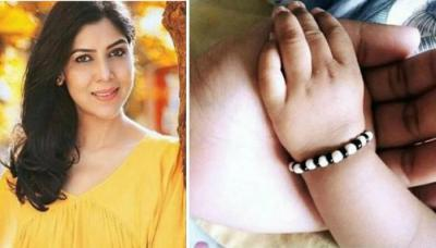 Sakshi Tanwar Becomes A Mother At The Age Of 45, Adopts A Baby Girl And Gives Her A Unique Name