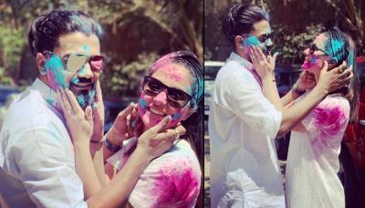 Hina Khan And Rocky Jaiswal Drenched In Each Other's Love On Holi Make Us Sing 'Mohe Rang Do Laal'