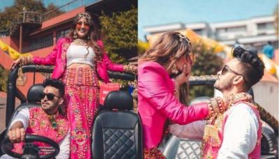This Bride Wore A Bright Pink Pantsuit With Traditional Kaleeras, Entered Wedding Venue On A Jeep
