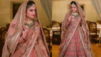 Sabyasachi Bride Turned Her Floral Wedding 'Lehenga' Into Her Reception Look With A Minimal Twist