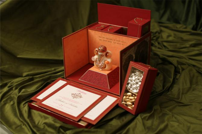 Indian Wedding Invitation Design Online: Best Designers In Delhi For Luxurious And Elegant Wedding