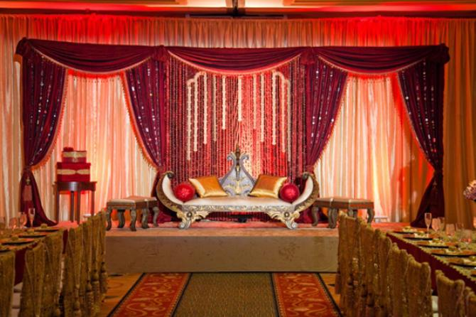 7 Trendy And Stunning Colour Themes For This Wedding Season