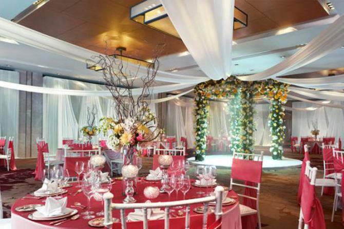 5 stunning and lavish indian destination wedding venues image courtesy vivanta by taj stunning and luxury wedding destinations junglespirit Gallery