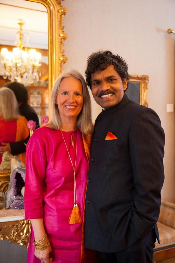 Dr. Pradyumna Kumar Mahanandia rode a cycle from India to all the way across Sweden just to meet his wife, Charlotte Von Schedvin. Sounds impossible right? But he did it and how.