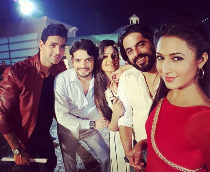 Yeh Hai Mohabbatein' Stars Divyanka Tripathi And Vivek Dahiya All Set ...