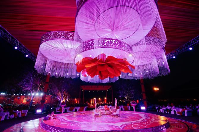 This fun and vibrant gujarati wedding will give you some really cool recommended read 10 stunning stage decor ideas for indian weddings this season junglespirit Choice Image