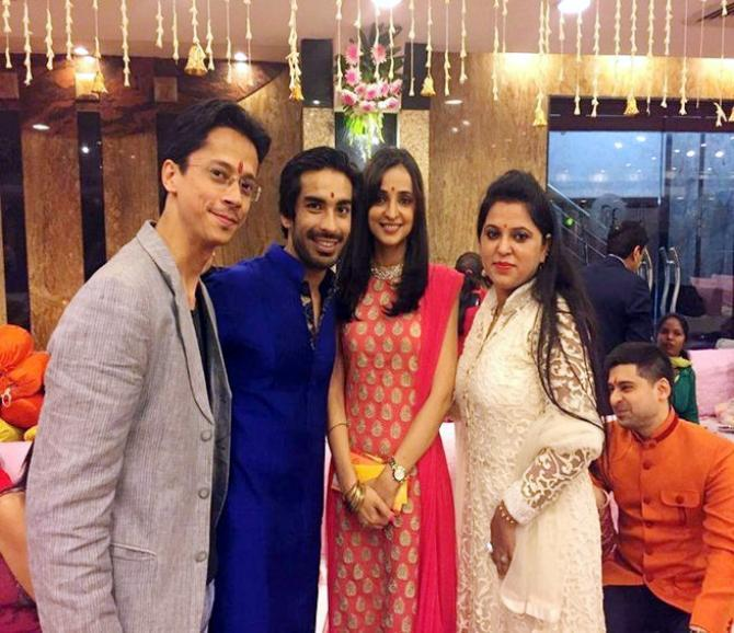 Mohit Sehgal And Sanaya Iranis Official Wedding Pictures Are Here You Will Love Them
