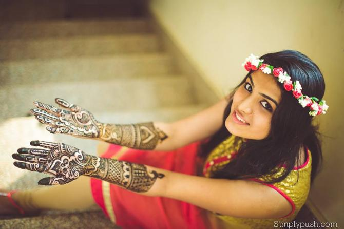 I Bridal Mehndi Jewellery : Things every bride to be must know about floral jewellery