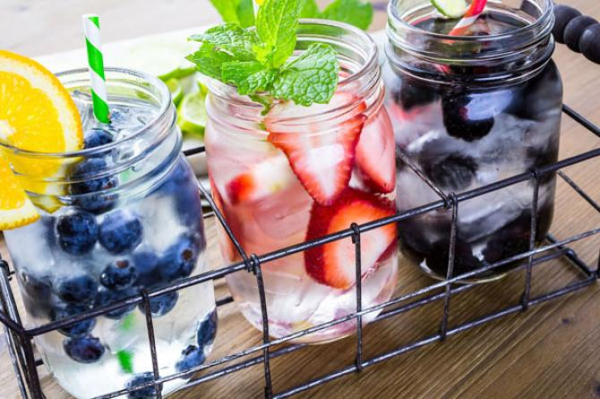 The Health Benefits Of Drinking Fruits Infused Water