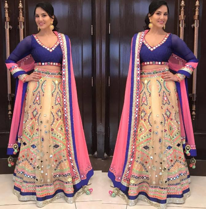Sunny Leone Looked Like An Angel In Mirror Work Lehenga On Her