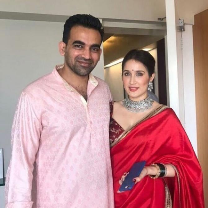 Zaheer Khan Marriage Videos Sagarika And Zaheer Ge...