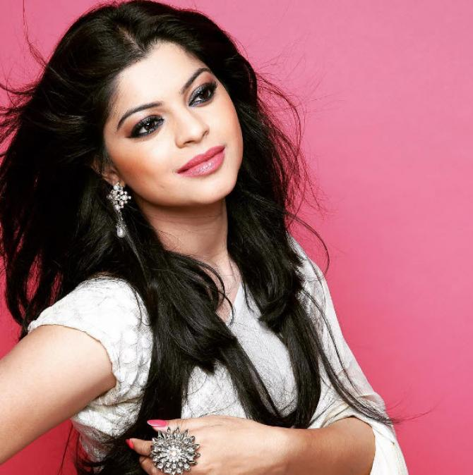 Sneha wagh reveals how she was physically abused by first husband sneha wagh voltagebd Choice Image