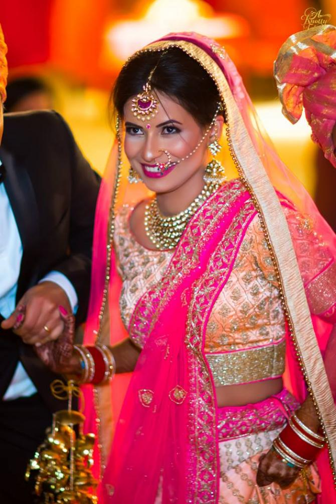 40 Indian Brides Flaunting Their Gorgeous Nath Designs ...