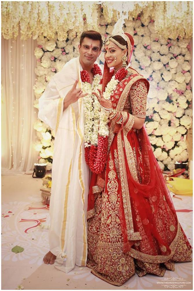 Bipasha Basu Made One Of The Beautiful And Perfect Bengali Brides In