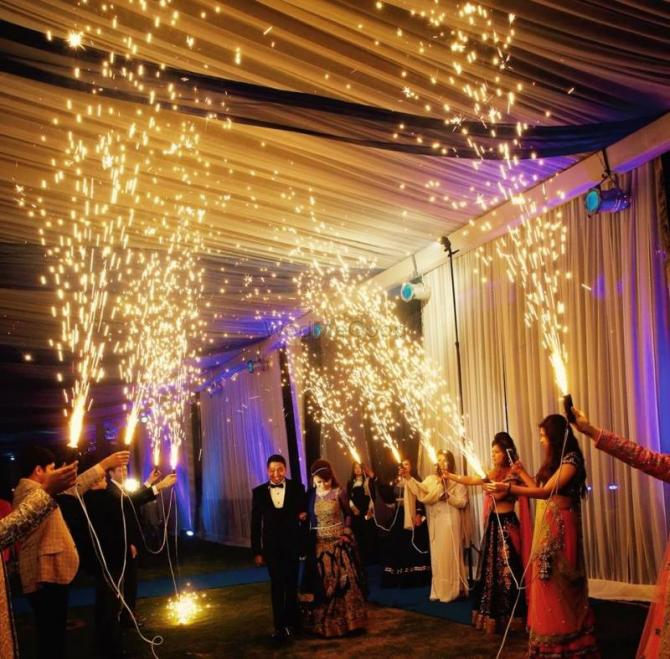 Unique Ideas For The Entrance Of An Indian Bride