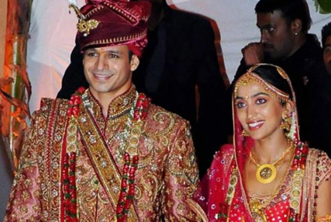 Vivek Oberoi with wife