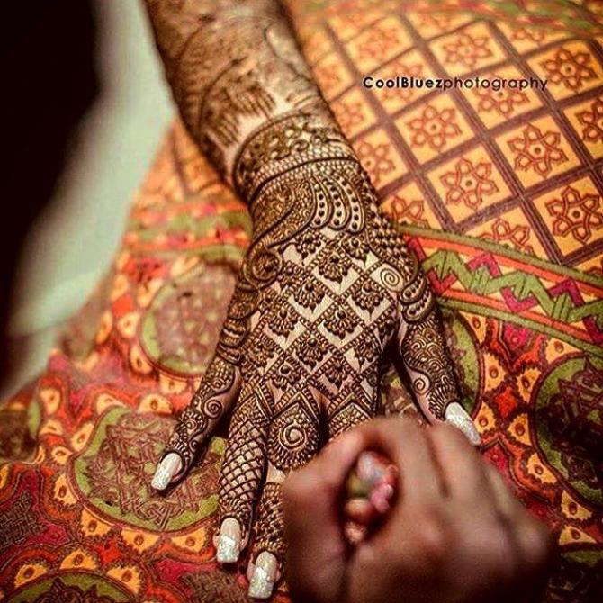 Mehendi design for the bride