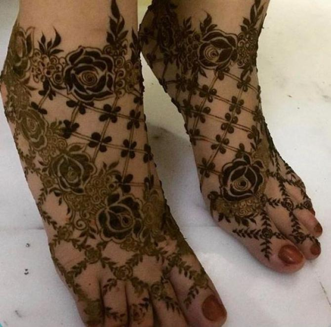Dear Bride To Be Here Re Unique And Creative Bridal Mehendi Designs For Your Feet