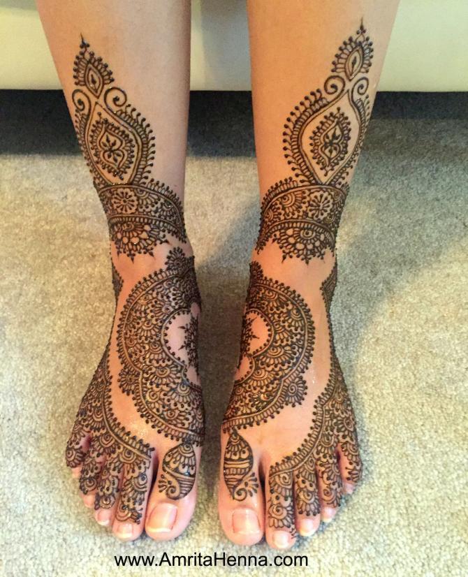 9 Unique Creative Mehendi Designs For Feet That All Brides Can