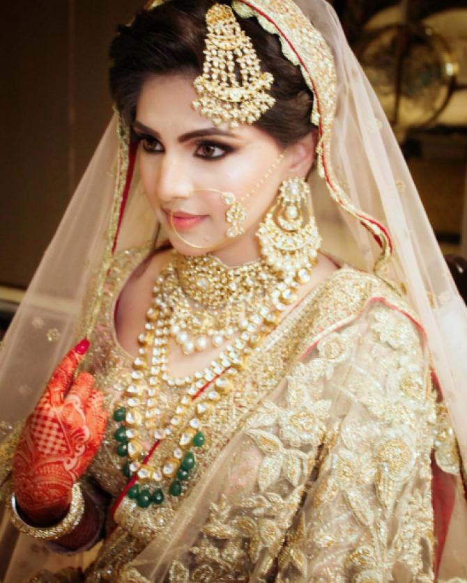 From Head To Toe This Muslim Bride Recreated Anushka S