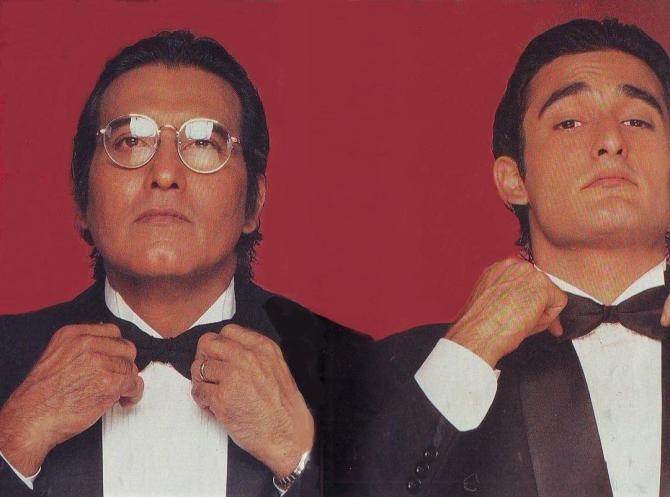 Vinod Khanna with son Akshaye Khanna