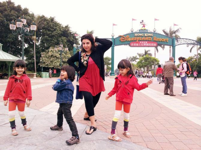 Farah Khan and her triplets