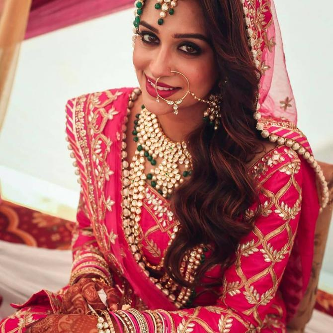 20 Television Actresses And Their Gorgeous Real Life Wedding Day Looks