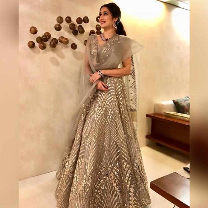 Wedding Hairstyles 8 Luxe Looks Suited To Every Bridal: 13 Stunning Looks Of Bollywood Actresses At Their Sangeet