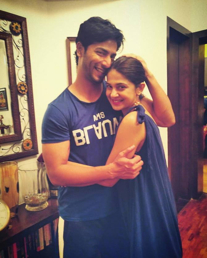 'Bepannah' Fame Jennifer Winget Celebrates Her 32nd ...