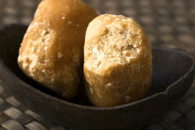 Beauty and health Benefits Of Jaggery