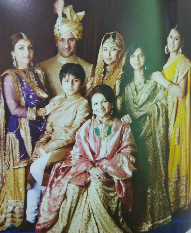 Sharmila Tagore, Saif Ali Khan, Kareena Kapoor Khan, Soha Ali Khan, Saba Ali Khan, Sara Ali Khan and Ibrahim Ali Khan