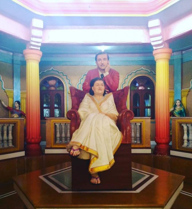 Raj Kapoor and wife Krishna Malhotra